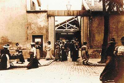 La sortie des usines Lumières 1895